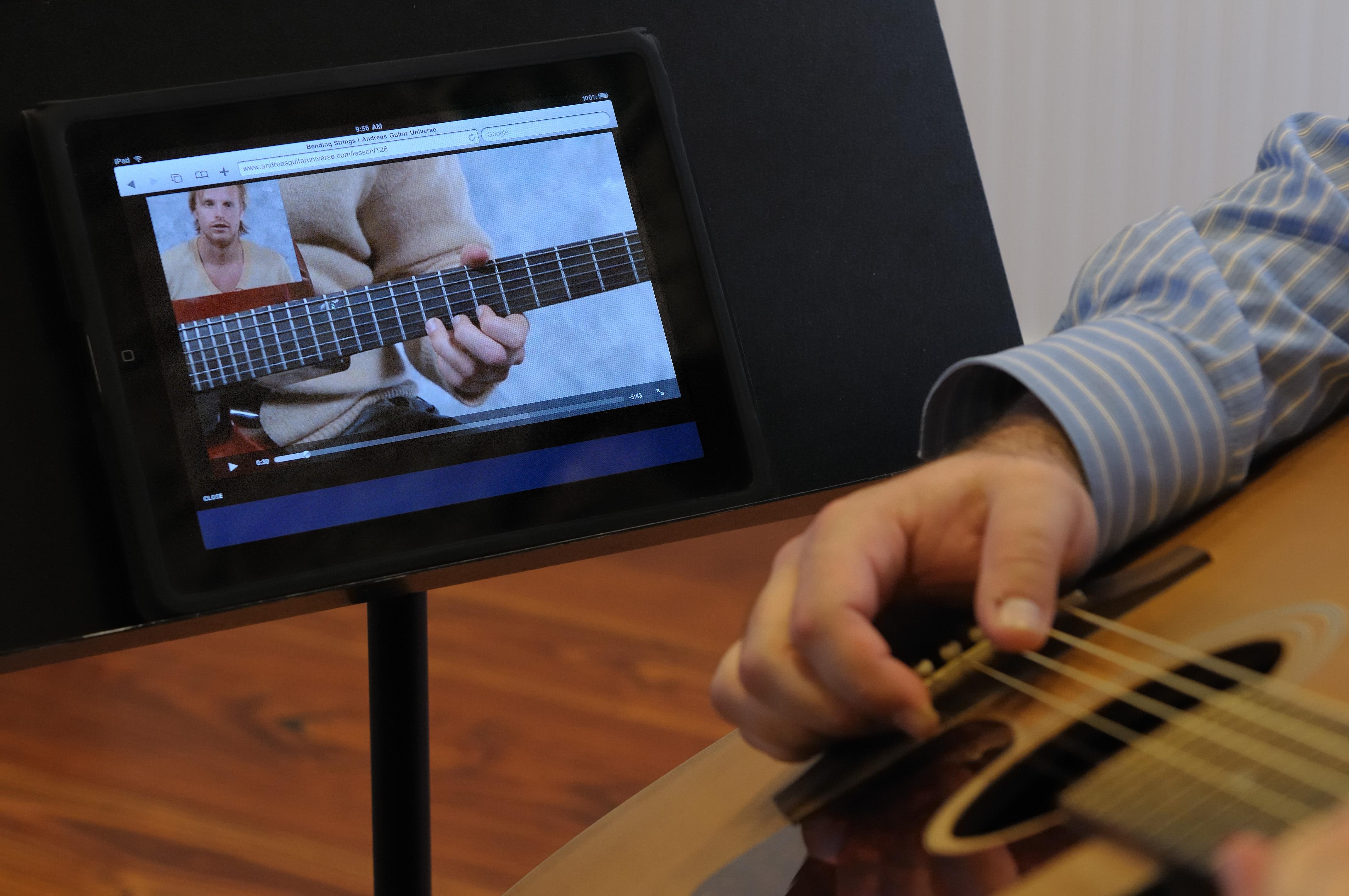 add 1 hour online guitar support clearline interactive. Black Bedroom Furniture Sets. Home Design Ideas